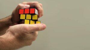 solving rubik cube